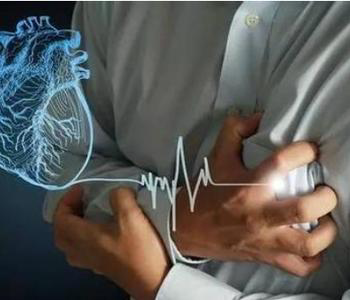 久坐胸痛可能是肺栓塞