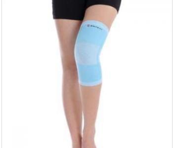 膝关节腔积液的原因有哪些