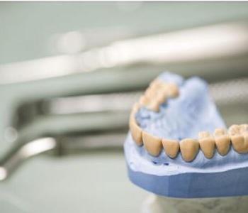 小孩张虫牙怎么办呢
