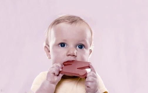 如何预防和护理咽部异物
