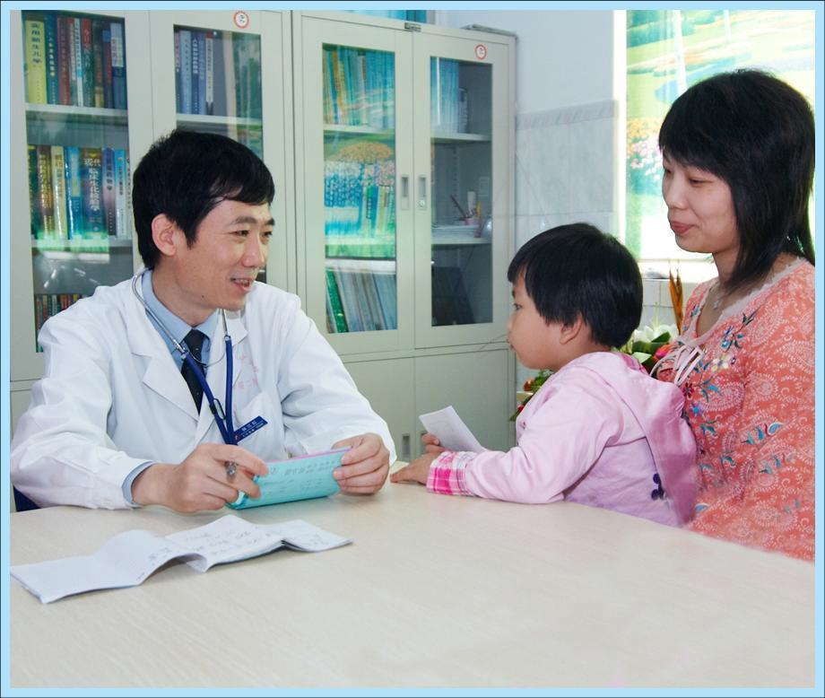 小儿过敏症如何治疗