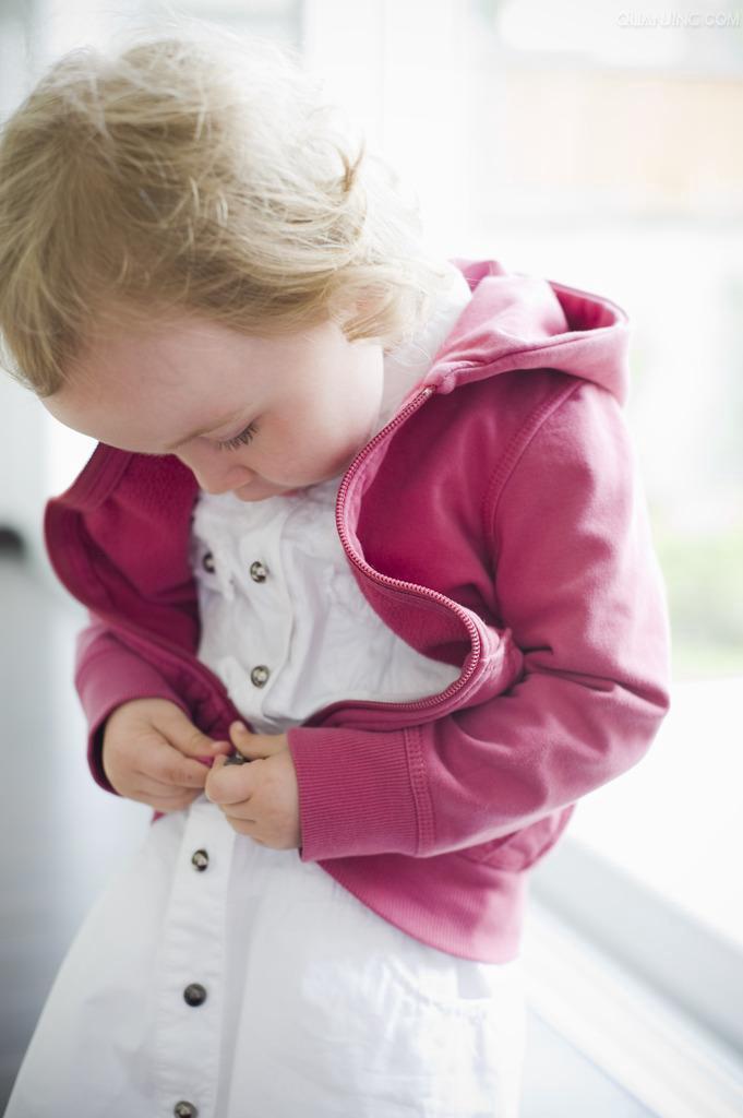 小儿进行性骨化性肌炎如何护理