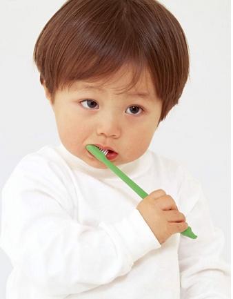 怎样护理小儿遗传性痉挛性截瘫的病人