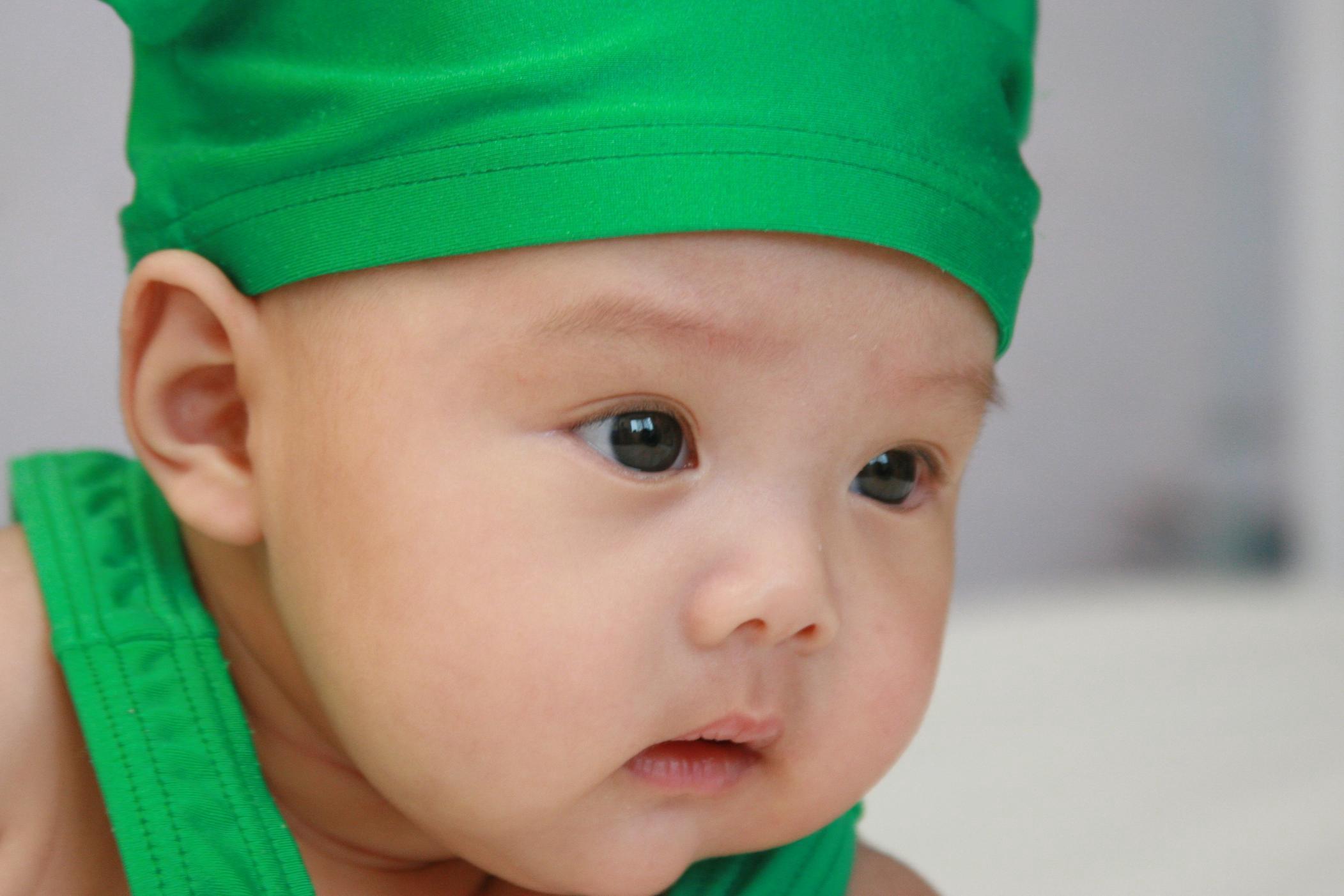 怎样护理患有新生儿疾病的孩子