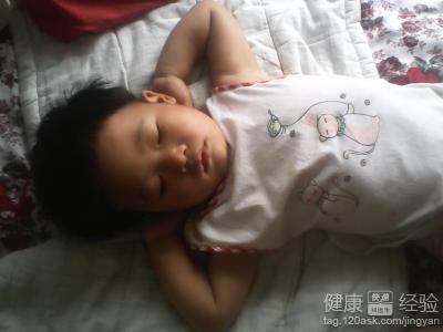 宝宝肚子里有虫有什么症状