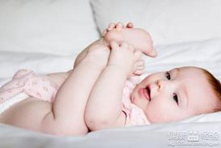 新生兒寶寶肚臍突出怎么辦