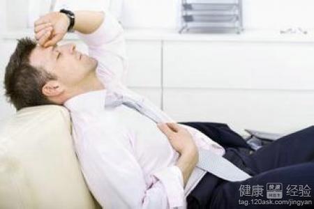 耳朵痛是怎么回事