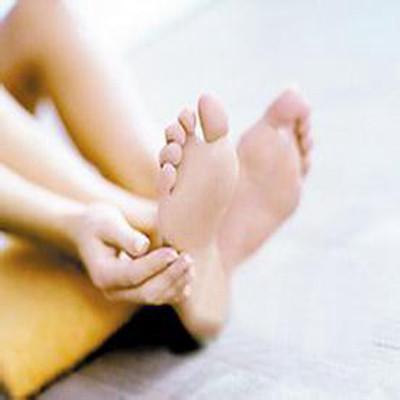 孕妇脚底板疼_脚底板疼是怎么回事