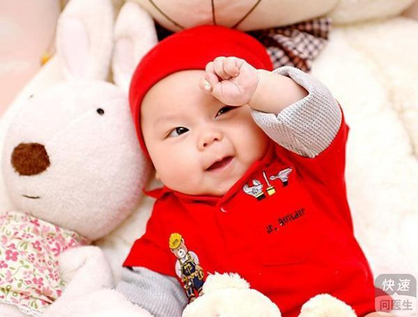 1岁4个月宝宝角膜炎反复