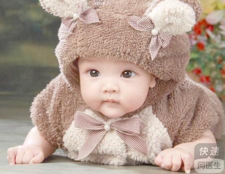 孩子身上长白斑是为什么 白癜风的诱发原因有哪些图片