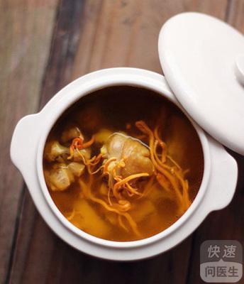 灵芝虫草花煲鸡汤_虫草花灵芝鸡汤功效与作用 有益但不能多吃