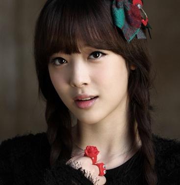 的韩国自然美女