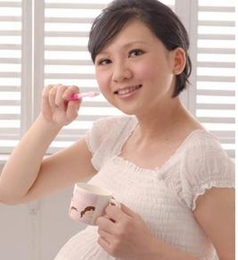 孕妇牙龈肿大