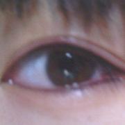 纹眼线了,纹的时候好疼啊!!